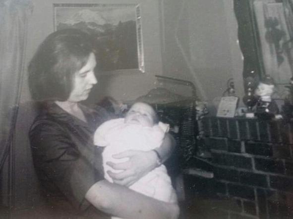 Loretta Jones and her daughter, Heidi